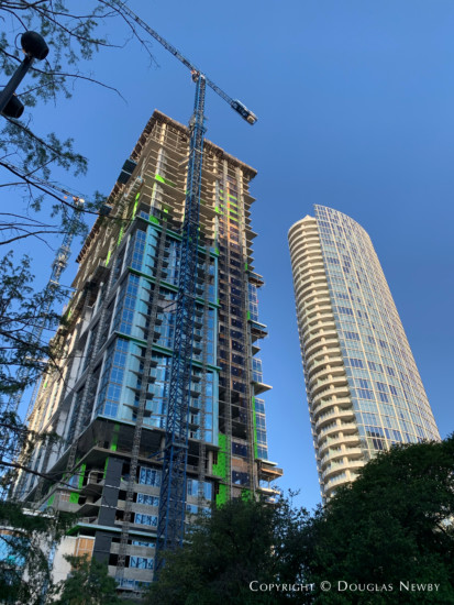 Downtown Dallas construction continues