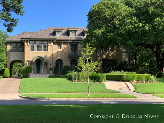 Architecturally Significant Home on Swiss Avenue Boulevard - 5105 Swiss Avenue