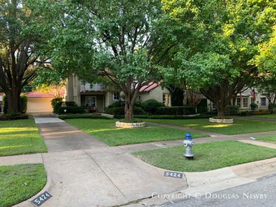 Dallas Greenway Parks Period Home