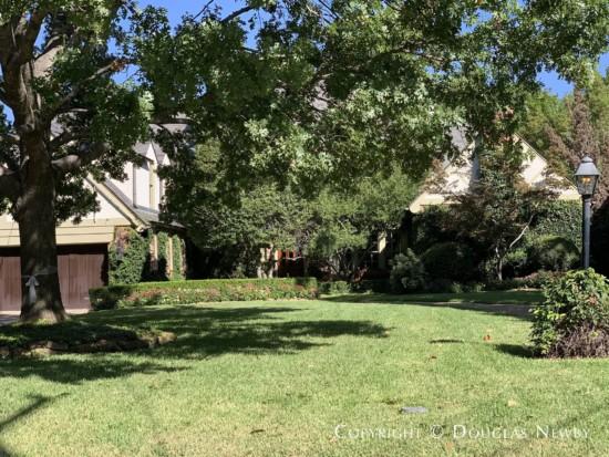 Architect Designed Home in Greenway Parks, Dallas