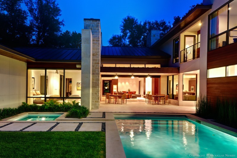 Modern Home Designed By Architect Todd Hamilton