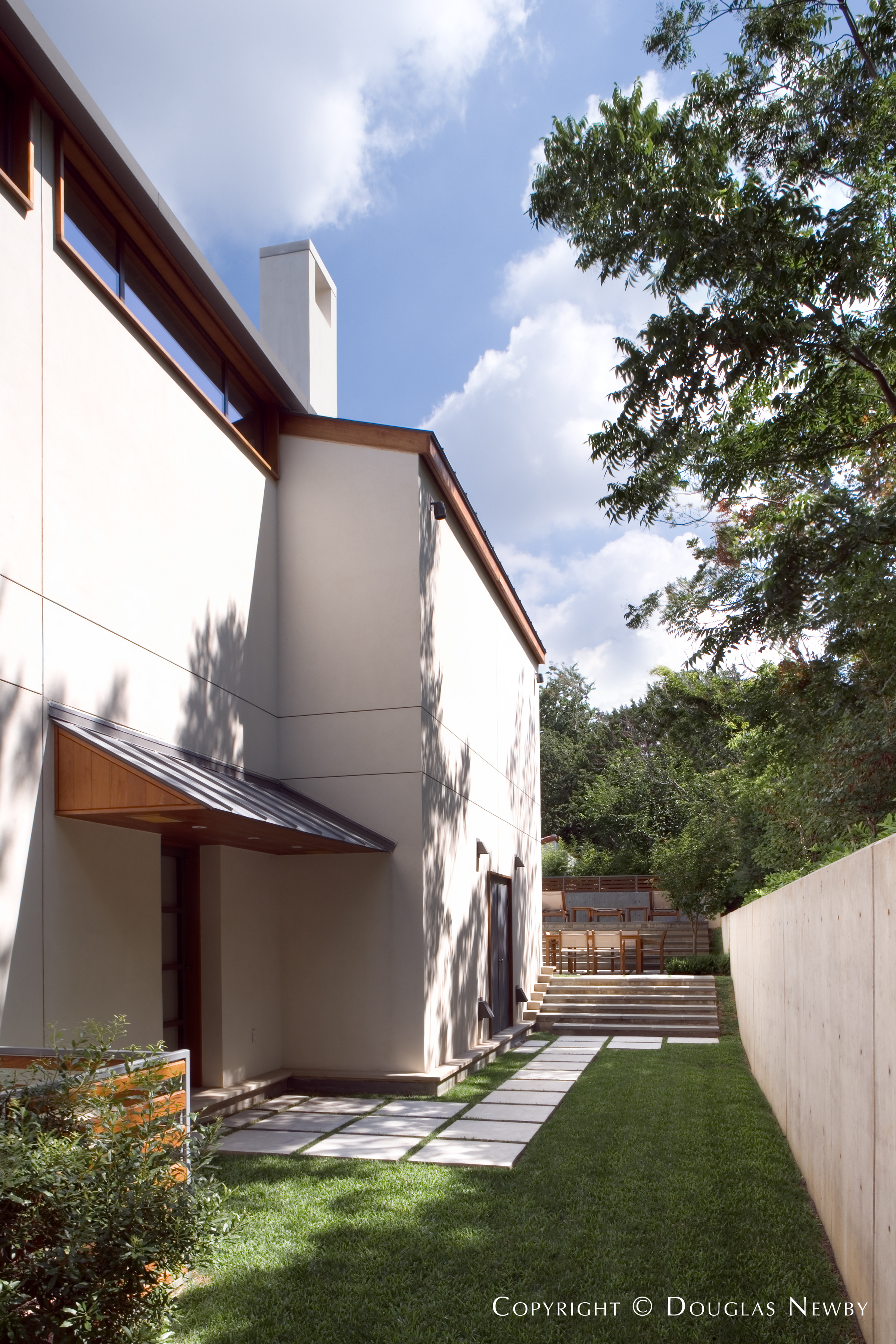 Turtle Creek Corridor Modern Home sitting on 0.2 Acres