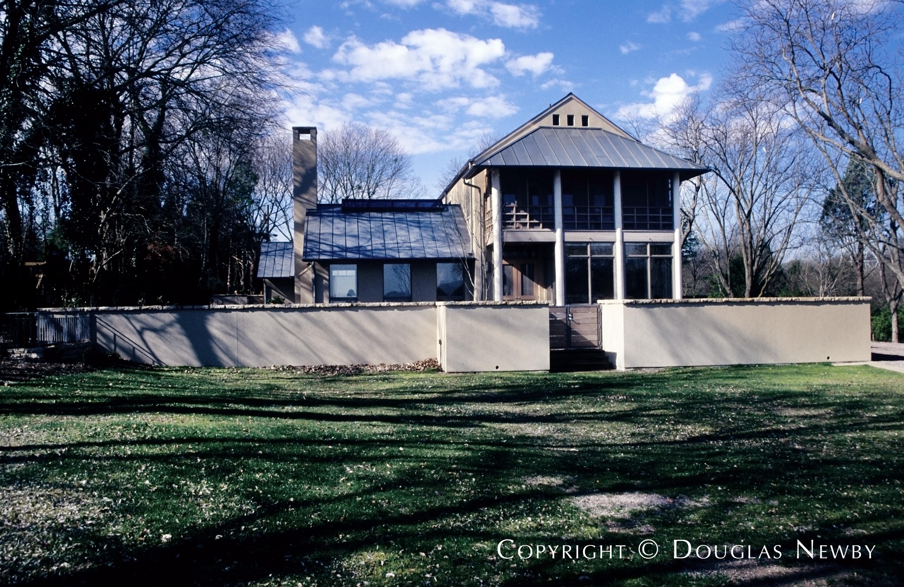 White Rock Lake Texas Modern Home sitting on 1.68 Acres