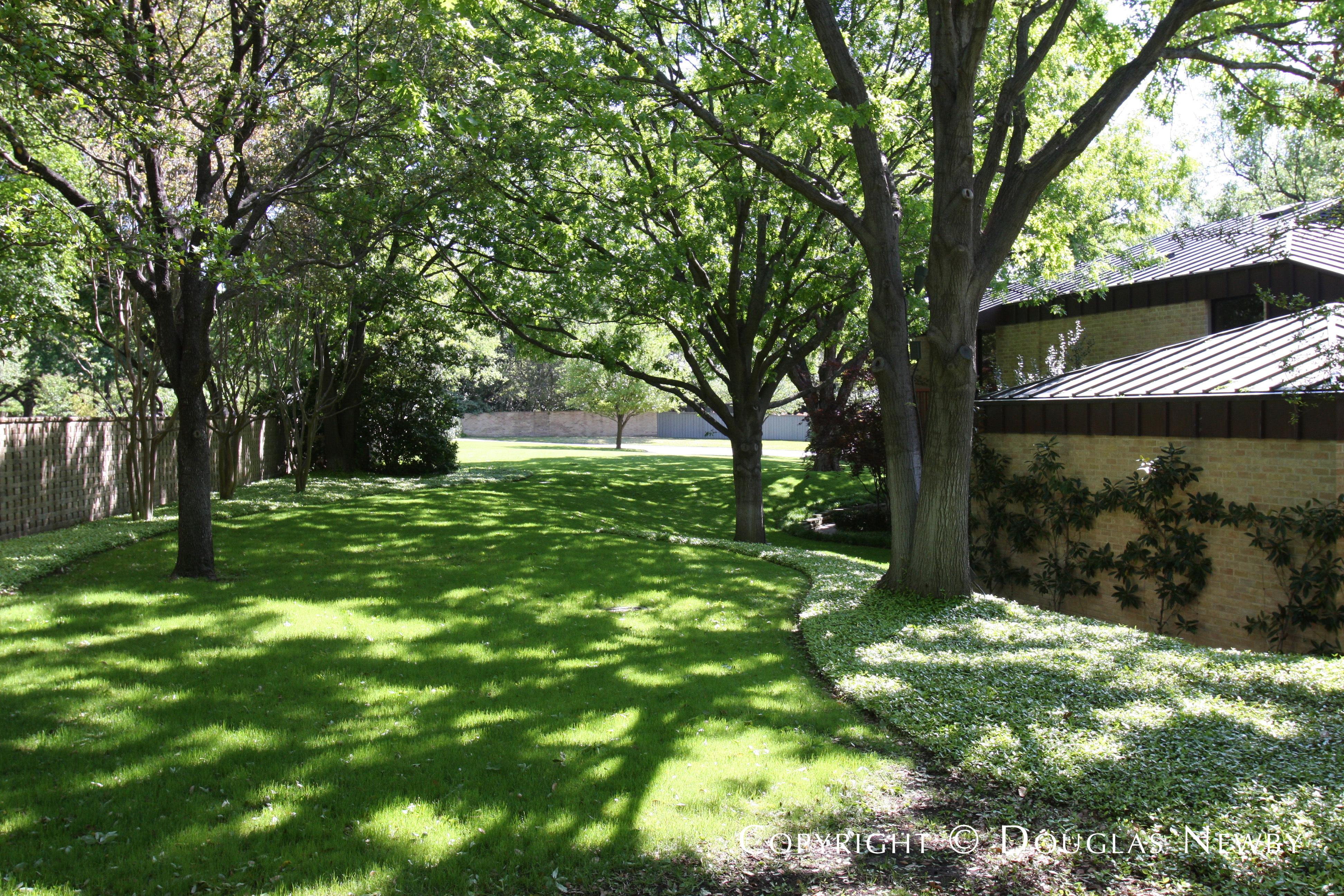 Scott Lyons Designed Texas Modern Home