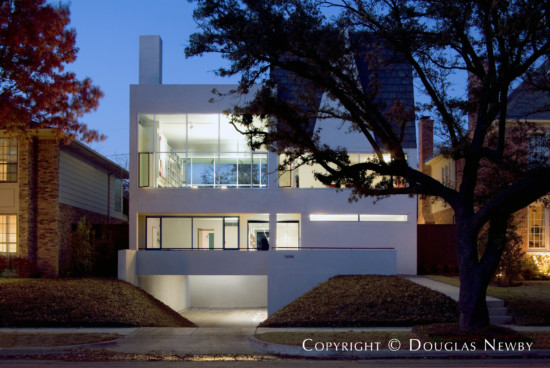 Modern Home Designed by Architect James Langford - 3404 Harvard Avenue