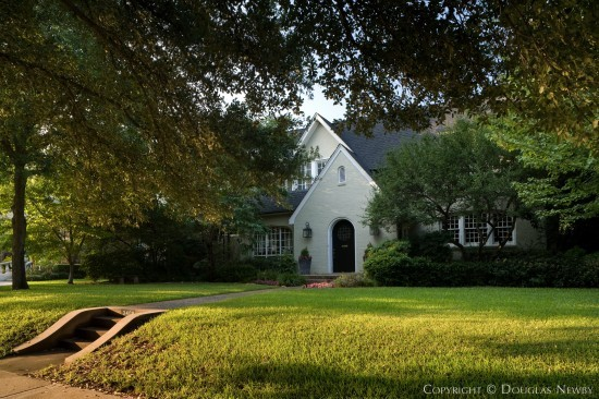 Residence in Highland Park - 3409 Princeton Avenue