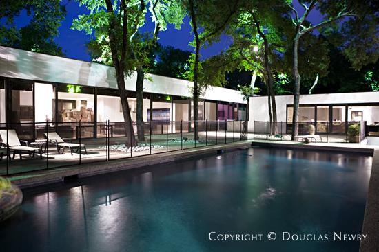 5970 Westgrove Drive, Dallas, Texas