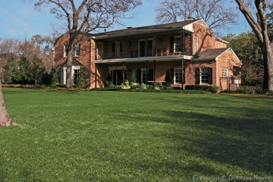 Home Designed by Architect Wilson McClure - 5549 Wenonah Drive