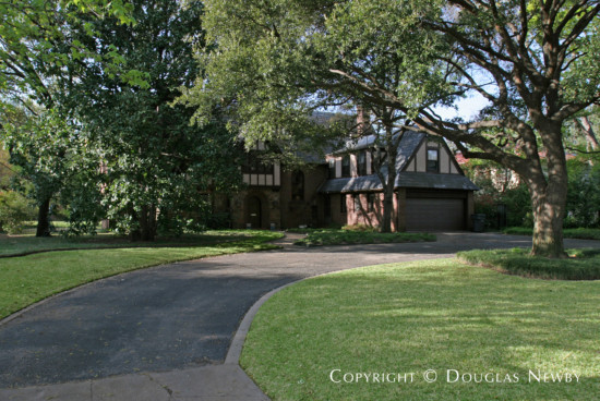 Residence in Greenway Parks - 5550 Wenonah Drive