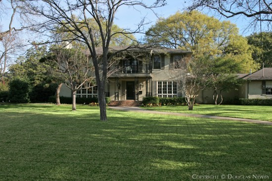 Real Estate in Greenway Parks - 5554 Wenonah Drive