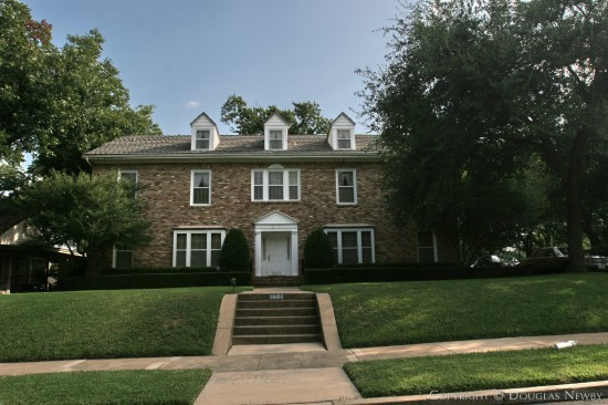 Residence in Highland Park - 3600 Crescent Avenue
