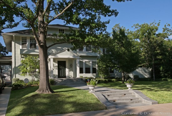 Residence in Highland Park - 3508 Crescent Avenue