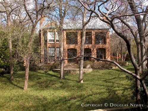 Residence Designed by Architect Ed Beran & Overton Shelmier - 4600 Saint Johns Drive