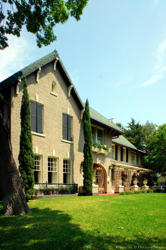 Gary Skotnicki Jones House Front