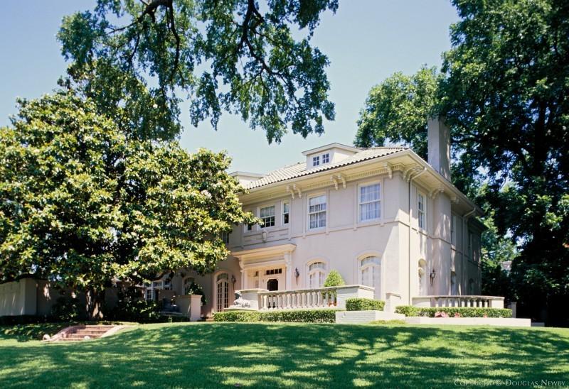 4700 Lakeside, Dallas Texas, Hal Thompson designed home
