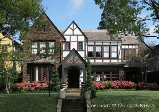 Residence in Highland Park - 3412 Princeton Avenue