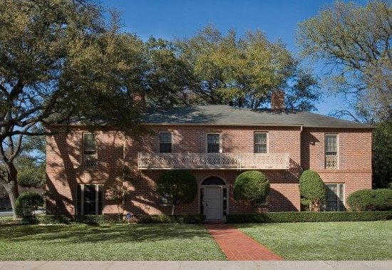 Residence Designed by Architect Thompson & Perry - 4240 Arcady Avenue