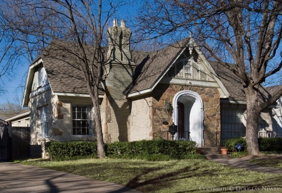 Home in Highland Park - 4428 Southern Avenue