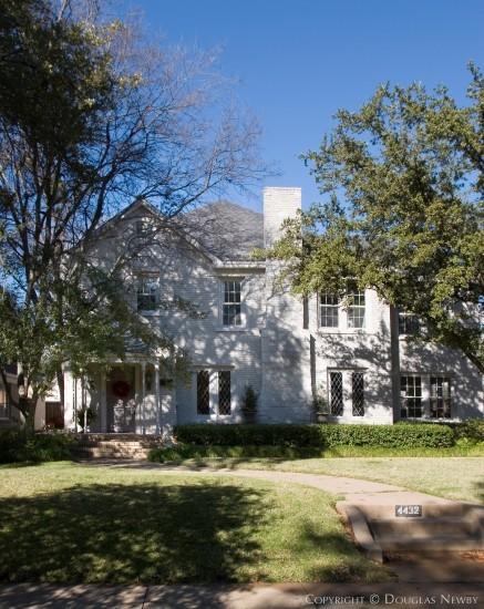 Home in Highland Park - 4432 Edmondson Avenue