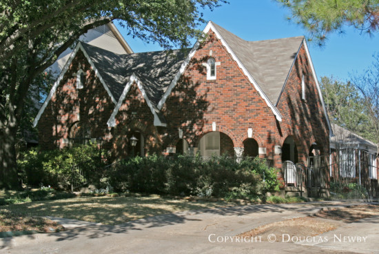 Home in Highland Park - 4508 Edmondson Avenue