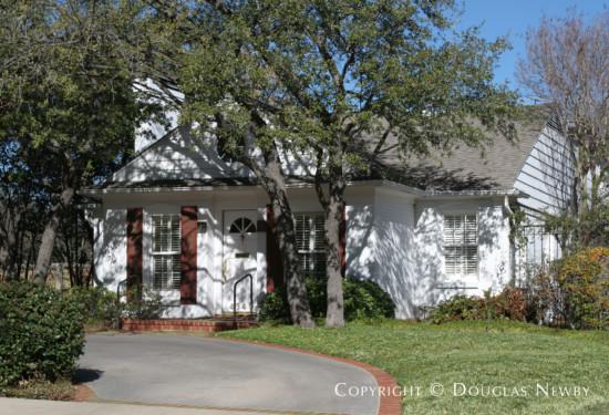 Real Estate Designed by Architect Fonzie E. Robertson - 4540 Edmondson Avenue