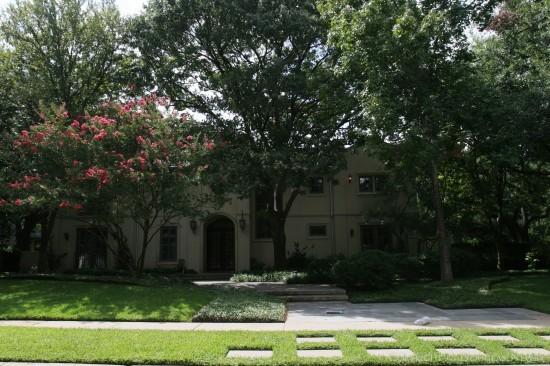 Home Designed by Architect DeWitt & Washburn - 4465 Rheims Place