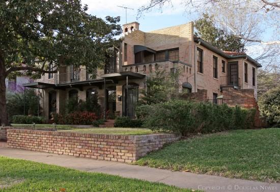 Home Designed by Architect Verne E. Shanklin - 4526 Fairway Avenue