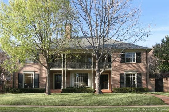 Residence Designed by Architect Hal O. Yoakum - 4548 Westway Avenue