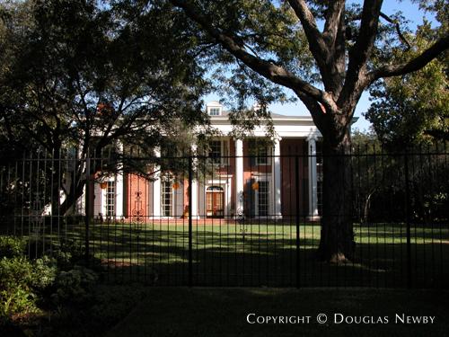 Estate Home Designed by Architect Downing Thomas - 9784 Audubon Place