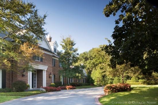 Georgian Estate Home in Preston Hollow - 5138 Deloache Avenue