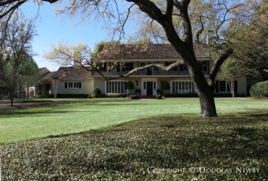 Estate Home in Preston Hollow - 5019 Seneca Drive