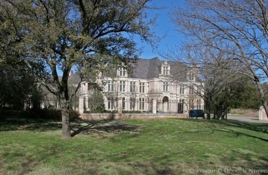 Estate Home in Preston Hollow - 9815 Rockbrook Drive