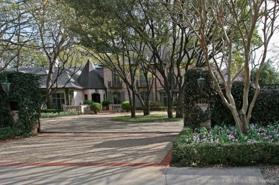 Estate Home in Preston Hollow - 5404 Falls Road