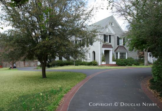Estate Home in Preston Hollow - 5311 Edlen Drive