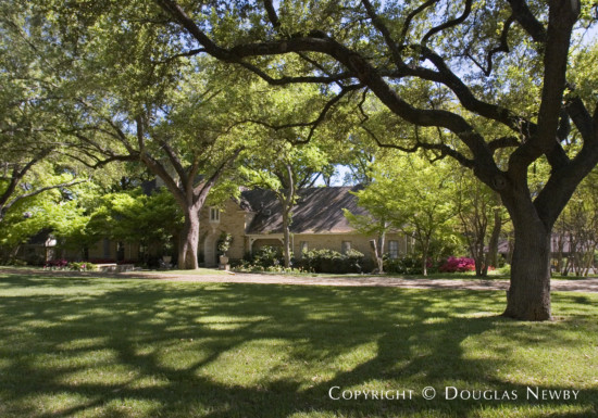 Estate Home in Preston Hollow - 5414 North Dentwood Drive