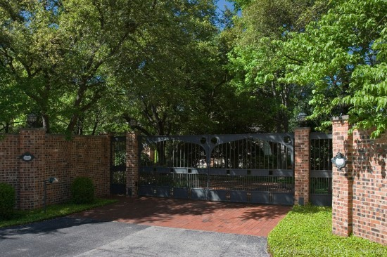 Estate Home in Preston Hollow - 5505 Chatham Hill Road