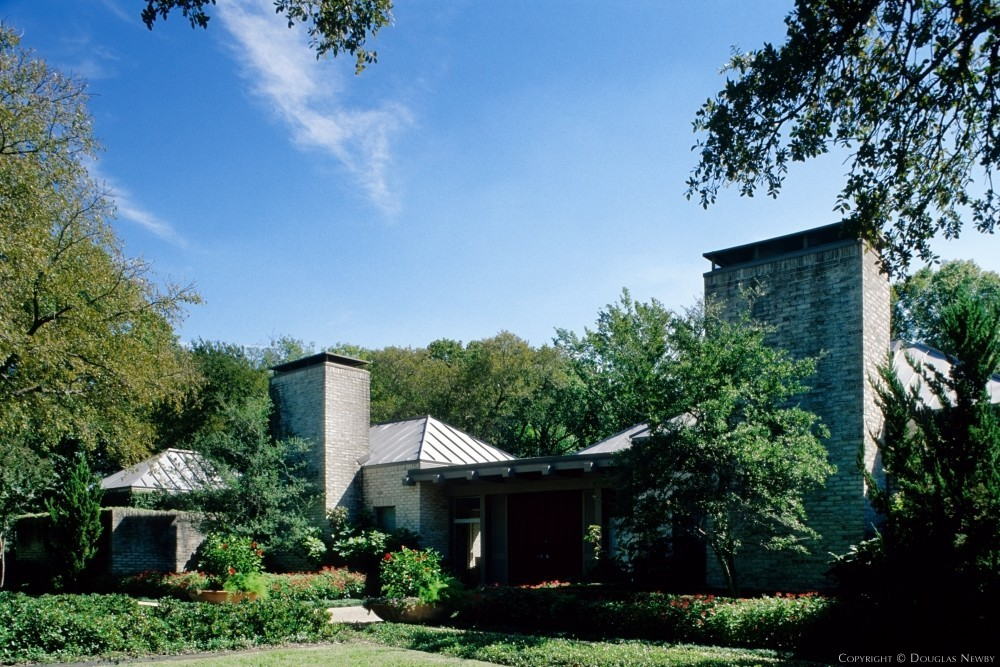 David George Designed Architecturally Significant Early Texas Modern Estate Home