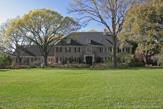 Estate Home in Bluffview Area - 5127 Shadywood Lane