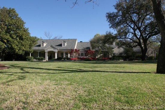 Estate Home in Bluffview Area - 5222 Shadywood Lane