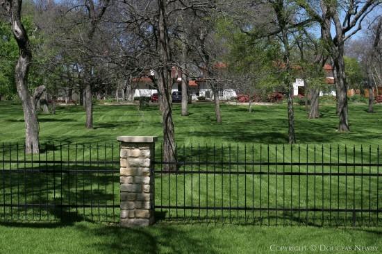 Estate Home in Bluffview Area - 4055 Cochran Chapel Road