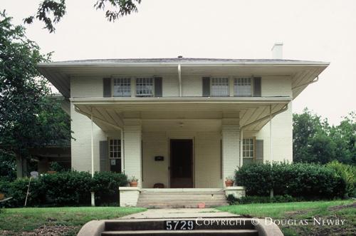 Real Estate in East Dallas - 5729 Palo Pinto Avenue
