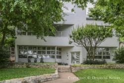 Window Design and Orientation of Modern Dallas Home